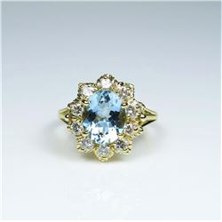 Gorgeous Fine Estate Aquamarine and Diamond Ring