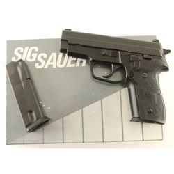 Sig Sauer P229 .40 S&W SN: AB15478