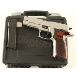 Sig Sauer P226 Elite .40 S&W SN: 47A055541