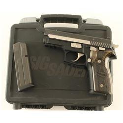 Sig Sauer P229 Equinox 9mm SN: AGU17538