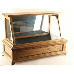Tabletop Oak Display Case