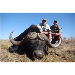 Safari Hunt for 2 Hunters & 2 Observers--African Maximum Safaris