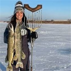 Pike Spearing & Ice Fishing Trip in Northern North Dakota