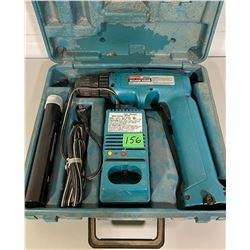 MIKITA CORDLESS DRILL WITH EXTRA BATTERY AND CHARGER , WORKING