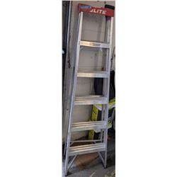 6ft LITE step ladder