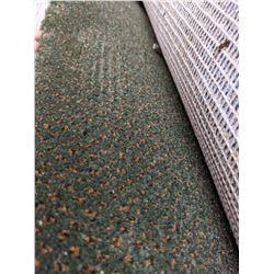 Large berber carpet approx 11 feet diameter
