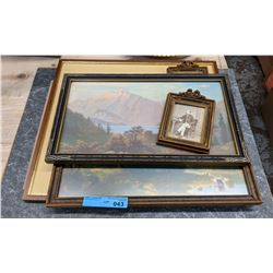 Vintage mirror with vintage pictures