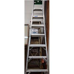 8 ft Aluminum step ladder