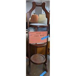 Wooden cake rack