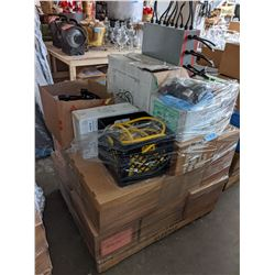 Pallet including set deck wire miscellaneous electronics and bulbs