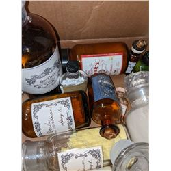Apothecary glass bottles and containers
