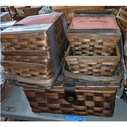 Approx 6 picnic baskets