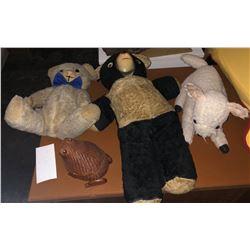 Antique stuff animals and baskets