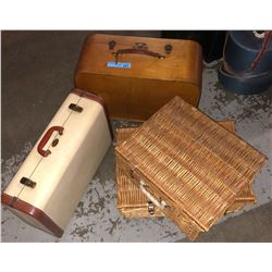 Antique wooden suitcase with key, 1 vintage briefcase and 2 wicker baskets