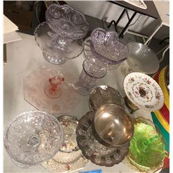 Table lot of vintage dishesand serving dishes