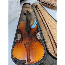 Vintage violin with wooden case