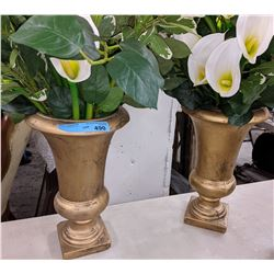 2 Vases and Artificial flowers