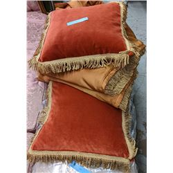 Vintage curtains and pillows
