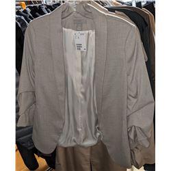 Long sleeve shirts, t-shirts Banana Republic, Zara, Helly Hansen Shop, Top  and others