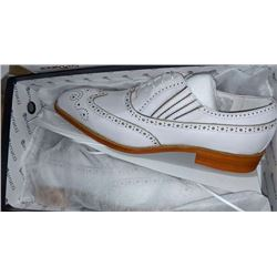 Pair of white Carrucci shoes (brand new in box)