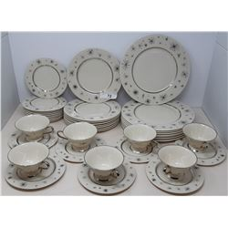 40 Pieces Of Fine Art China 1950S Pattern