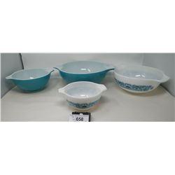 4 Vintage Pyrex Resting Bowls