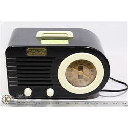 THOMAS COLLECTOR'S EDITION AM/FM RADIO CASSETTE