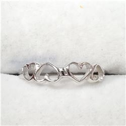 SILVER HEART SHAPED  RING (~SIZE 6)