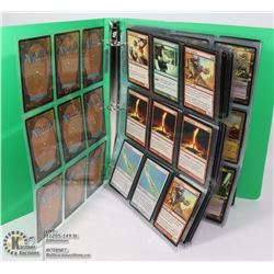 BINDER OF 100 PLUS MAGIC THE GATHERING CARDS