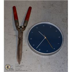 SHEARS TRIMMING TOOL AND CLOCK