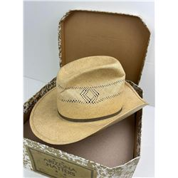 Bailey U-Rollit Straw Cowboy Hat in Box Size 7 1/2