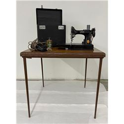 Singer Featherweight Sewing Machine & Table Set