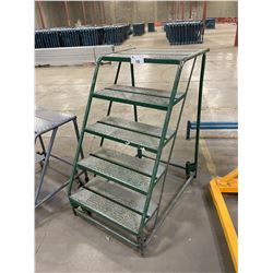 GREEN 5' MOBILE INDUSTRIAL WAREHOUSE STAIRS