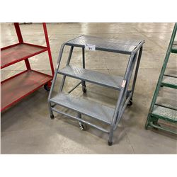 GREY 3' INDUSTRIAL MOBILE WAREHOUSE STAIRS