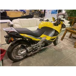 1998 BMW K1200RS MOTORCYCLE, YELLOW, GAS, VIN#WB10544AXWZA23608, TMU, ODOMETER READS 0, OOP HAS BC