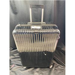 RIMOWA SALSA DELUXE ROLLING SUITCASE