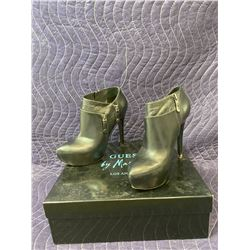 GUESS BY MARCIANO BLACK BOOTS SIZE 6 IN BOX