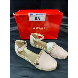 GUESS FLATS SIZE 7.5 IN BOX