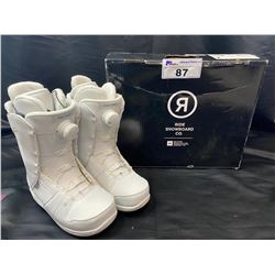 RIDE SNOWBOARD BOOTS SIZE 7 (NEW)