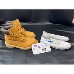 PAIR OF KEDS CANVAS SHOES SIZE 6.5 AND TIMBERLAND BOOTS SIZE 5.5