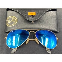 RAY BAN SUNGLASSES IN CASE