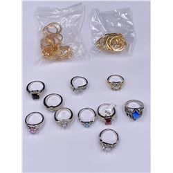 10 RINGS AND 2 SETS OF RINGS FOR THE WHOLE HAND SIZE 8