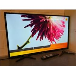 """HISENSE 58"""" TV MODEL 58R6009 NO REMOTE WITH CORD WITH STAND"""