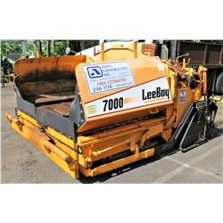 Leeboy 7000 Asphalt Paver (Starts & Runs - See Video)