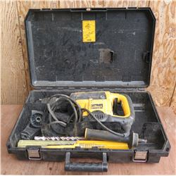 "DeWalt D25553 1 9/16"" Spline Rotary Hammer in Hard Case"