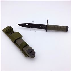 """Canadian Forces Eickhorn Solingen 7 1/4"""" Bayonet with Bayonet Carrier & Frog, New"""