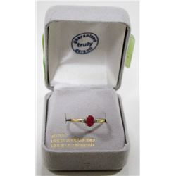 10 KT GOLD RING WITH DIAMONDS AND RUBY