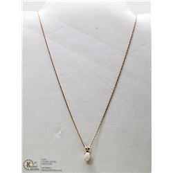10 KT GOLD NECKLACE WITH OPAL