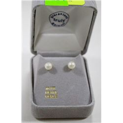 10 KT GOLD EARRINGS WITH PEARLS