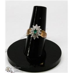 10 KT WHITE GOLD RING WITH MULTI DIAMONDS AND